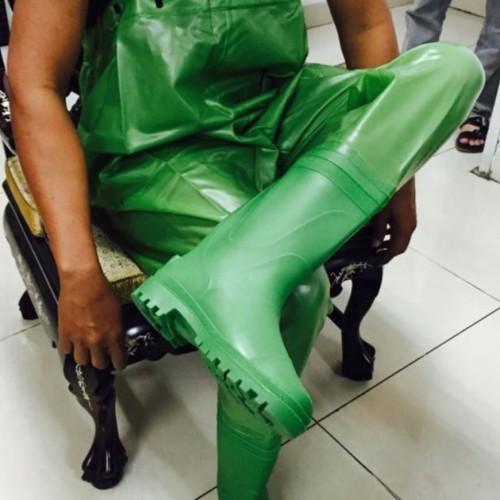 Foto Produk Wader Celana anti banjir ( Sepatu boot dan celana) - Hijau muda, 42 dari EKC TOOLS