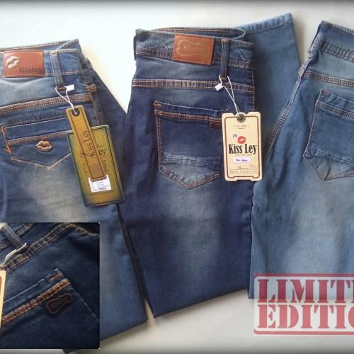 Foto Produk Celana jeans cewek fashion bahan softjeans dari kayu shop