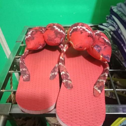 Foto Produk Sandal Sasirangan - Merah dari Kriya Katupat