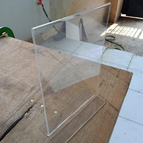 Foto Produk standing akrilik tent card A4 dari CV.UNIQUE