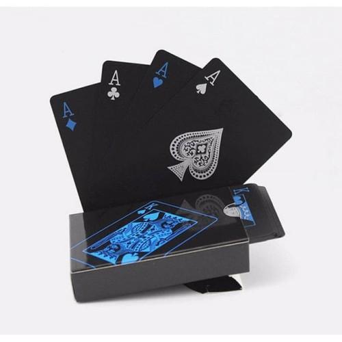 Foto Produk 759 Kartu Remi Plastik Waterproof Playing Card Lux Warna Hitam Biru dari Pedagang Brg Unik China