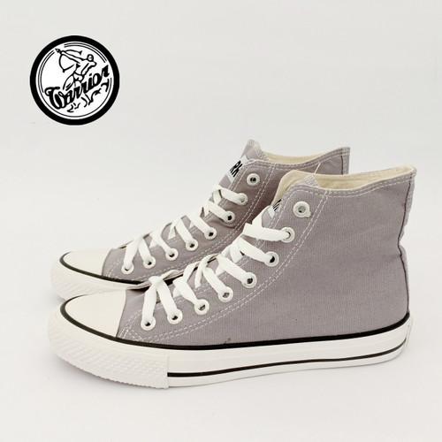 Foto Produk Sepatu Warrior Sparta HC Abu/Grey - High Cut dari sepatu kodachi