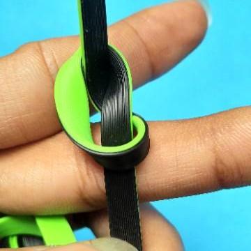 Foto Produk Kabel Data Hippo Teleport 2 Micro USB 2.4 Ampere For Android dan Black dari Clarias Shop