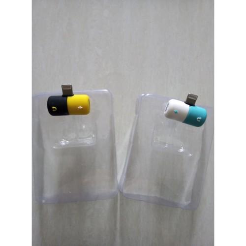 Foto Produk Converter Iphone5S 6S 7 XR XS Charging dan Audio Dual Connector kapsul dari Clarias Shop