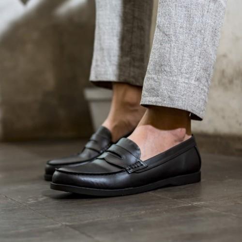 Foto Produk Jack Pantofel Black Sepatu loafer pria hitam - 39 dari Mall Online Indonesia