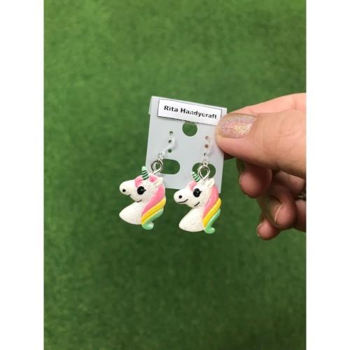 Foto Produk Anting Resin Unicorn Head Colorful Glitter Handmade kait plastik Pony dari Rita Handycraft