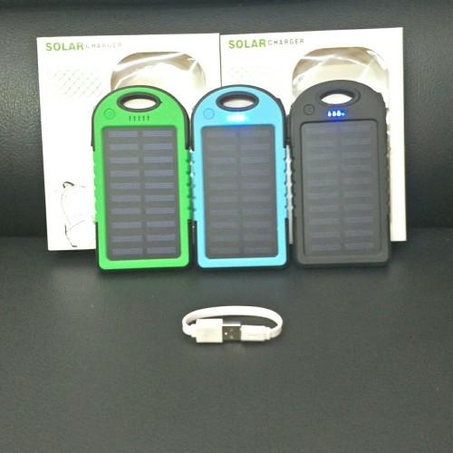 Foto Produk Powerbank Power bank PowerCore Solar Cell LED 12 Light 168.000 Mah - Hitam dari Jess grosir accessories