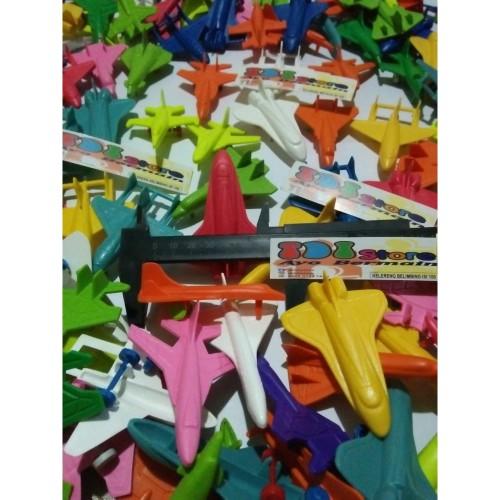 Foto Produk Mainan pesawat tempur jet bahan plastik warna warni dari TDI MOTOR