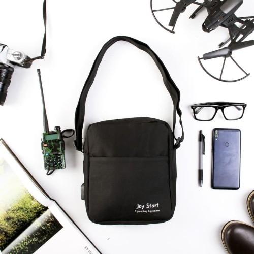 Foto Produk Tas Slempang Selempang Anti Air Kanvas Joystart USB Charger Sling Bag - Abu Abu TSJY dari Trendy Olshop