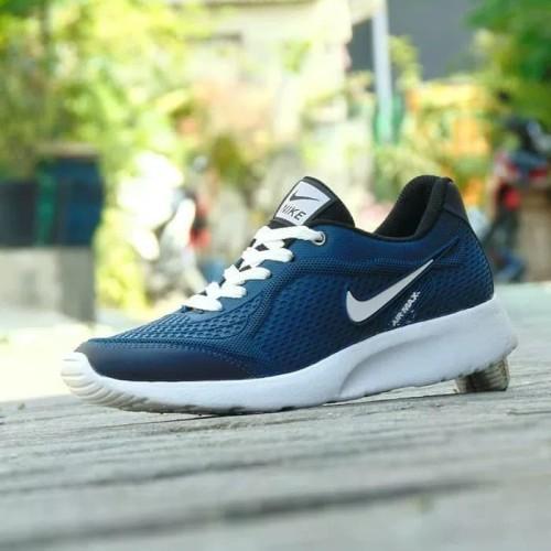 Foto Produk Sepatu Nike Air Max Fullblack Hitam Polos Sekolah Pria Wanita Murah - Warna No Dua, 39 dari Vatto Official