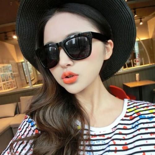 Foto Produk kacamata hitam wanita simple classic sunglasses jgl113 dari Oila