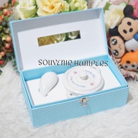 Foto Produk souvenir hardbox tisu dari Chloe boetik