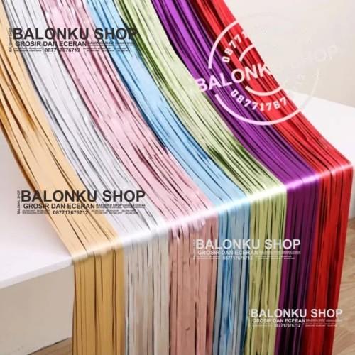 Foto Produk Backdrop Foil / Foil Fringe Curtain / Background Foil / Tirai Foil - GOLD DOFF dari Balonku Shop