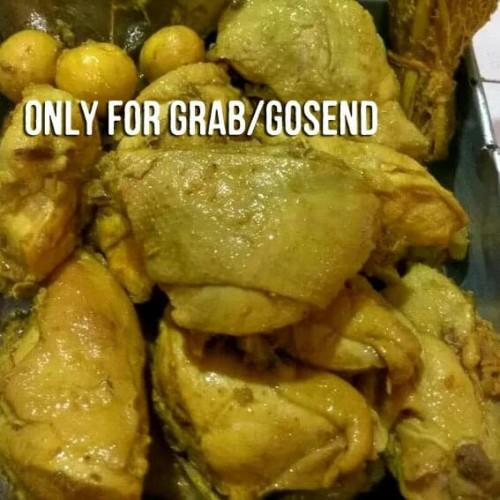 Foto Produk Ayam Ungkep bumbu kuning/ayam ungkep/ayam potong dari AKHSHA SHOP