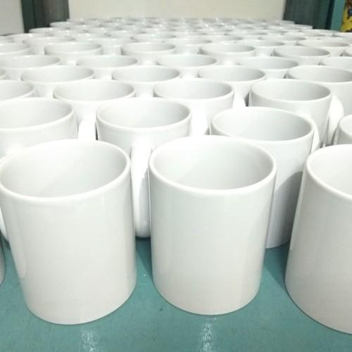 Foto Produk Mug Polos/SNI Import/Putih Susu/Clear Coting - Putih dari khalif01advertising