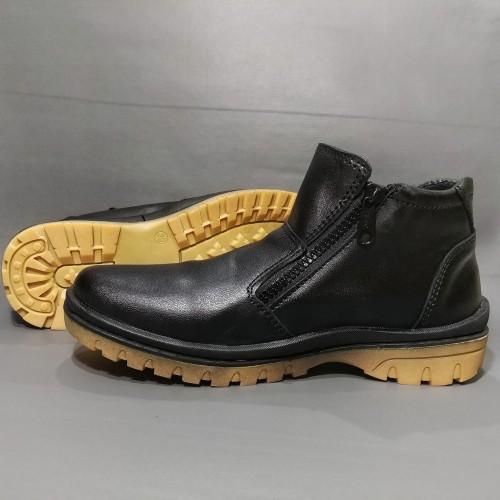 Foto Produk Sepatu Boots Kulit Asli Pria Resleting Elegan Kode Q7 dari rif&lif store