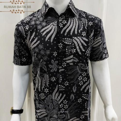 Foto Produk Kemeja Batik Pria Lengan Pendek Murah Baju Batik Cowok Alur - Hitam, L dari RUMAH BATIK 88