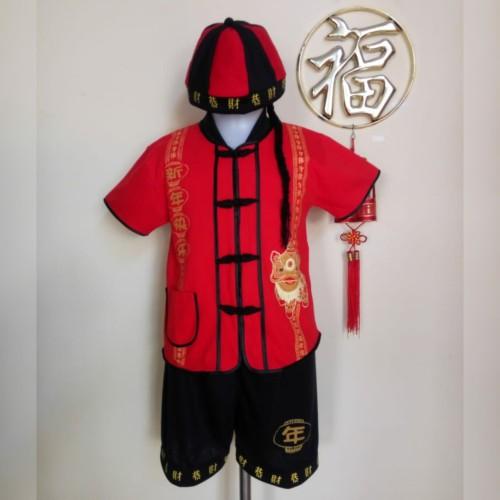 Foto Produk Setelan Anak Laki-Laki Cheongsam Imlek Kaos Termasuk Topi dari Piyo Onlineshop