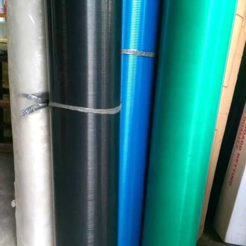 Foto Produk PLASTIK TUTUP PAGAR METERAN / FIBER PLAT RATA MOTIF GARIS / ECOPLAS dari Harapan online shop