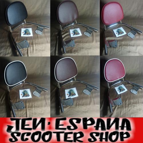 Foto Produk back rack new scoopy. behel sandaran scoopy.. dari jen vareasi