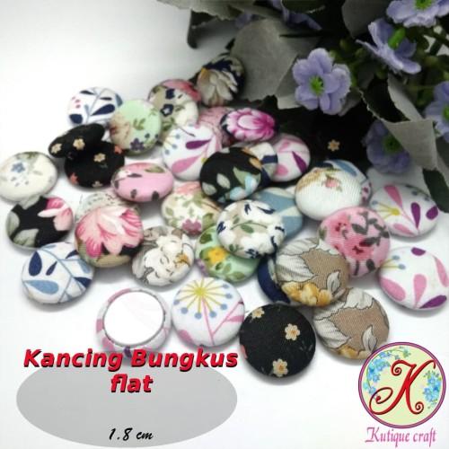 Foto Produk Kancing Bungkus Flat 1,8cm Motif per 50 pcs dari Kutique Craft