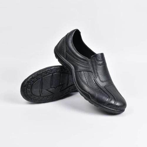 Foto Produk ATT AB 375 Sepatu Pantofel Karet Pria Tahan Air Anti Licin Hitam - 41 dari wonzila
