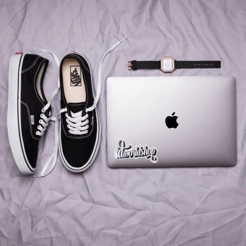 Foto Produk Vans authentic classics black white dari IDworldshop