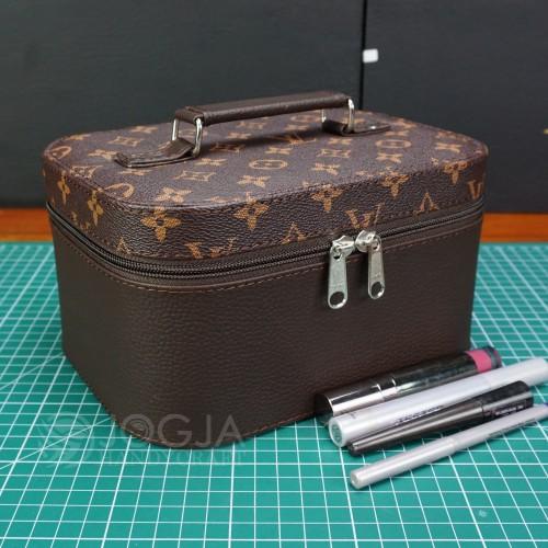 Foto Produk LV Mono Tempat Make up Cantik / Tas Kosmetik / Beautycase /Cosmetic dari Jogja Crafts