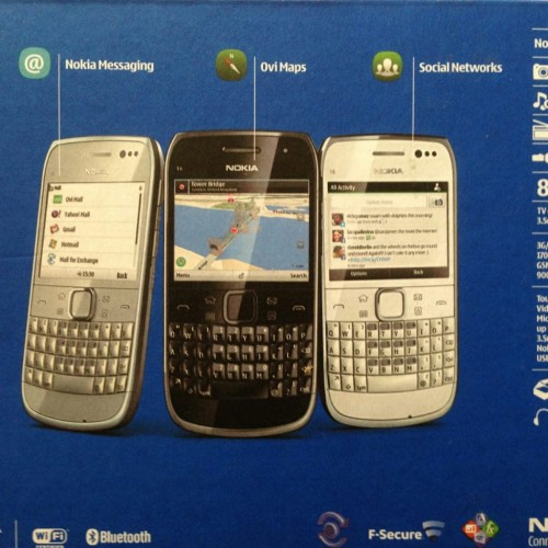 Foto Produk Handphone Nokia E6 dari Waroenk Red
