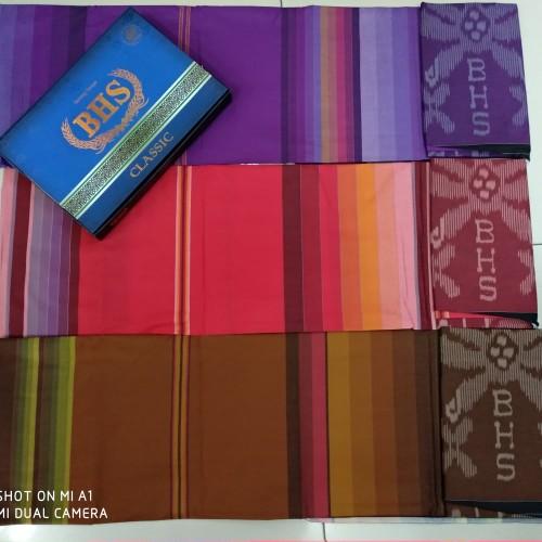 Foto Produk Sarung Bhs Classic KNI Dan KMA [ Termurah ] dari Toko Ibu Brebes