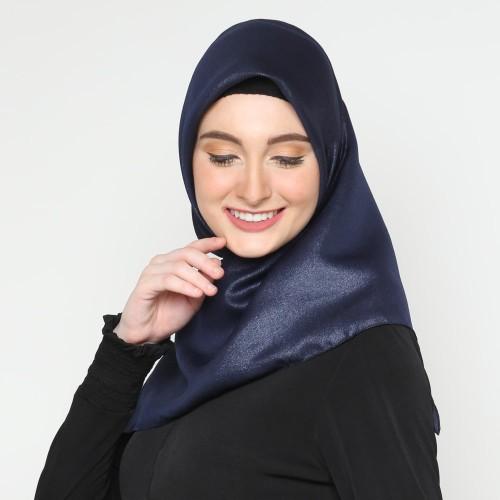 Foto Produk Eiza by duapola Shinar Amunzen Hijab 1220 - Navy dari Eiza