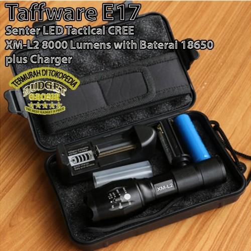 Foto Produk Senter LED Tactical CREE XM-L2 8000 Lumens with Baterai plus charger - Hitam dari BudgetGrosir