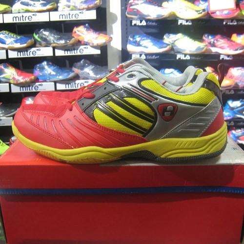 Foto Produk Sepatu Badminton Bulutangkis Hart HS 503 Merah Kuning Original dari Chioda Sports Market