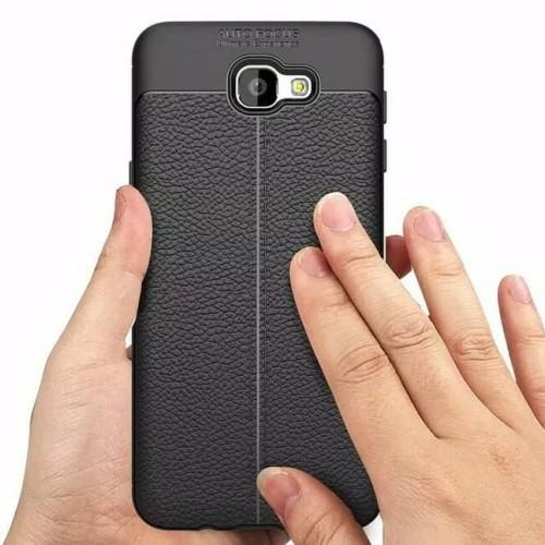 Foto Produk Leather Case Samsung Galaxy A3 2016 slim Auto Focus carbon soft dari sense accessories
