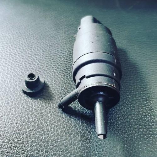 Foto Produk NEW Washer Pump BMW e30 e36 e34 e31 e24 dari Abendi88