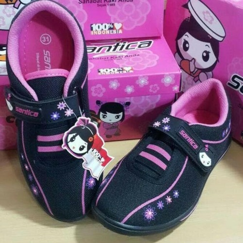 Foto Produk Sepatu Anak Perempuan Santica Michiko - 32, Hitam dari tokogading