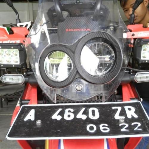 Foto Produk M15 Bracket Lampu CRF 250 RALLY dari Thrill Bitz