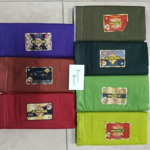 Foto Produk Berkualitas Sarung Wadimor Polos Warna Special Promo Murah dari Ridwann acc