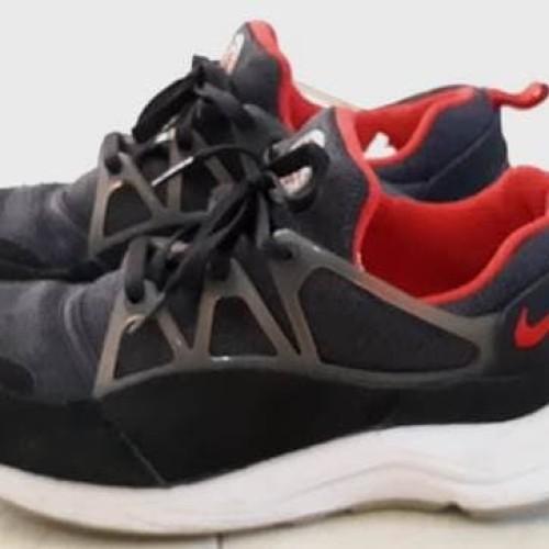 Nike Air Huarache Light Black Red Original 306127-006