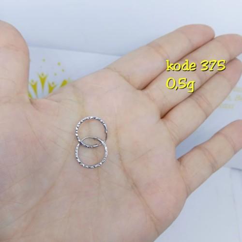 Foto Produk Anting ring emas putih 375 berat 0,5 gram dari TokoEmasFamily
