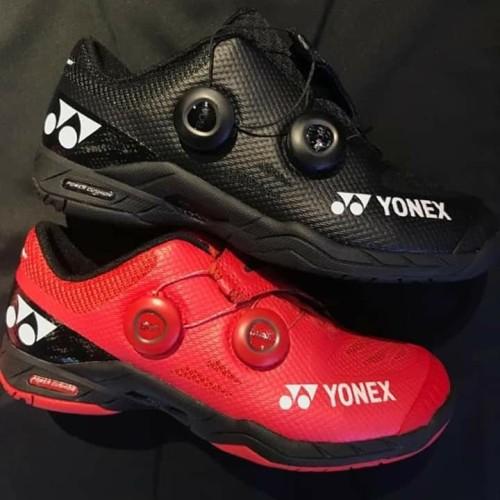 Foto Produk Sepatu Yonex BOA RED & BLACK (JP Code) - Merah, 40 dari Lee Smash Sport