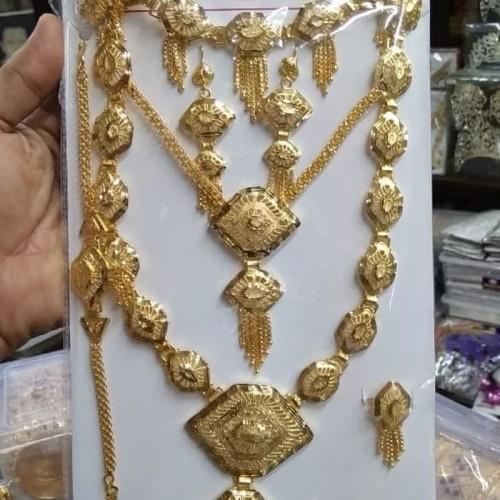 Foto Produk Assesories Kalung susun ,Anting,cincin satu set eklusive dari rin mall
