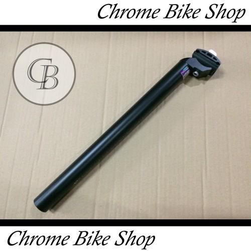 Foto Produk Seatpost Tiang Sadel Sepeda 30.9 Alloy Hitam 40cm Genio dari Chrome Bike Shop