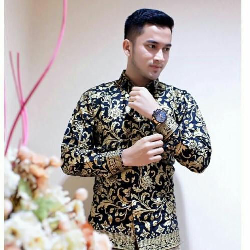 Foto Produk Kemeja Batik Pria Lengan Panjang Murah Baju Batik Cowok - Hitam Emas, L dari RUMAH BATIK 88