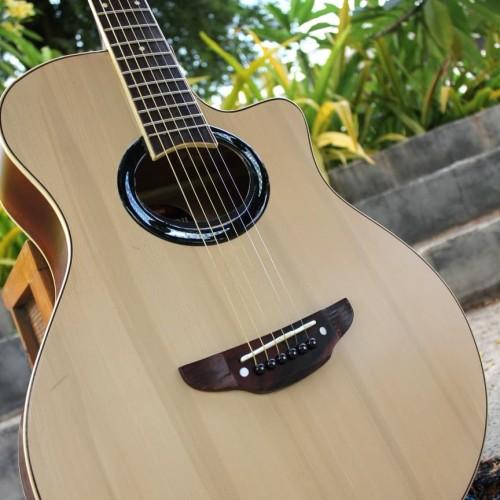 Foto Produk Gitar Akustik APX500ii Yamaha Murah Natural Bonus Tas & Pick Alice - Natural dari Swishi Gitar