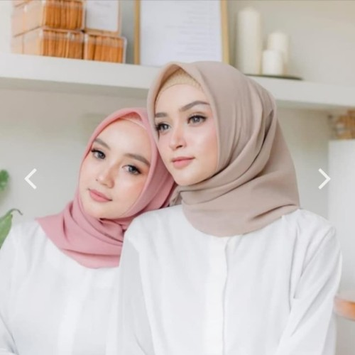 Foto Produk Bella Square || Hijab Segi Empat || PollyCotton (double hycon) || dari DandRT_shop