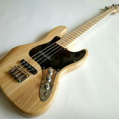 Foto Produk Gitar Bass Fender jazz bass Natural meck mapple murah dari andry.music