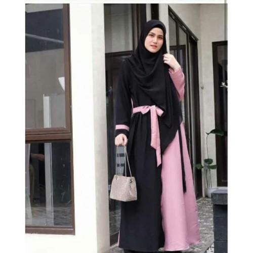Foto Produk hiosi gamis syari murah Black Pink Bahan mosscrepe fit l termasuk pas dari karmiyana
