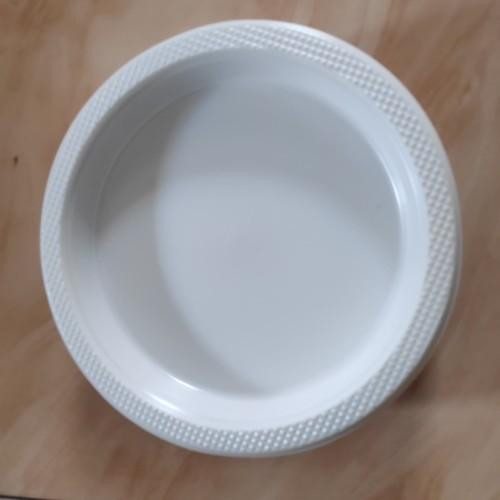 Foto Produk Piring Plastik Besar P-9 isi 50pcs, Piring Makan dari Gemilang 888