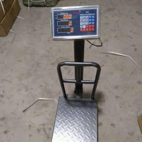 Foto Produk Moritz Timbangan Duduk Digital 150 kg dari Yuri Teknik Surabaya